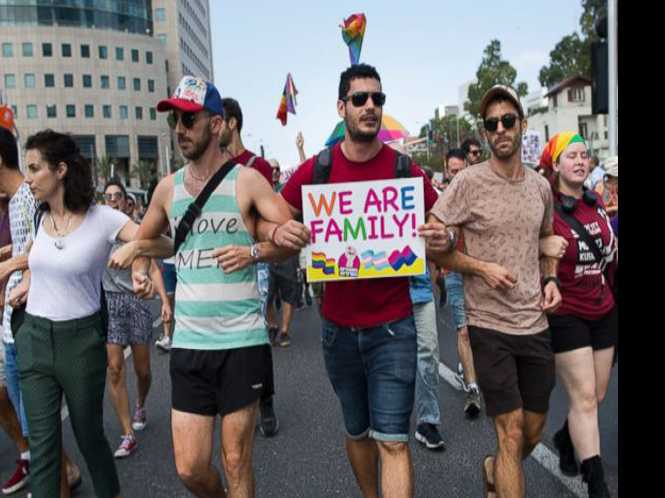 LGBT Israelis outraged by new surrogacy law
