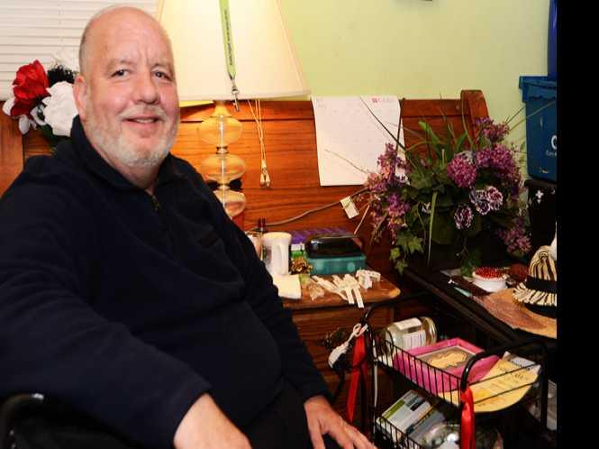 SRO resident sues Ellis Hotel