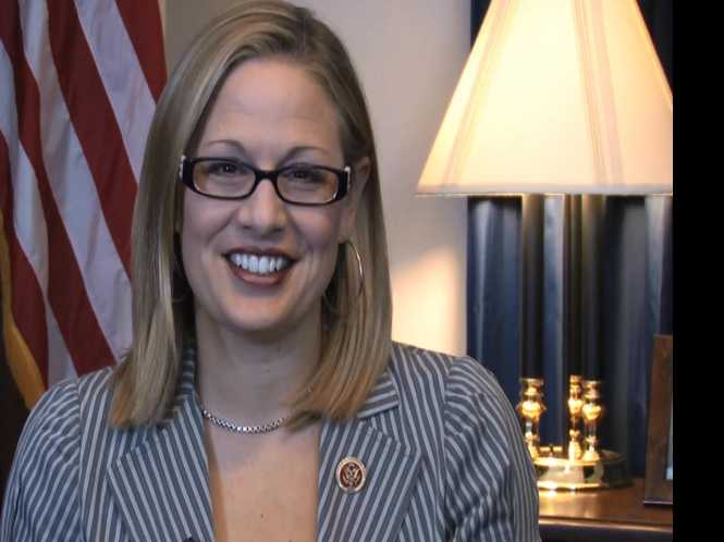Sinema easily wins Arizona Senate primary