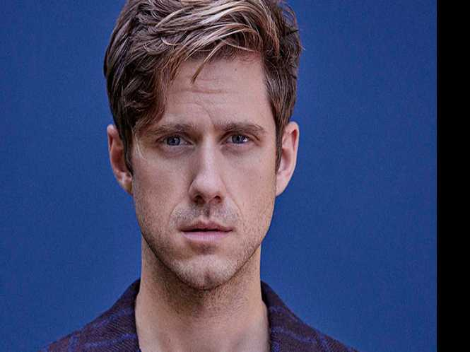 Catch a rising star: Aaron Tveit