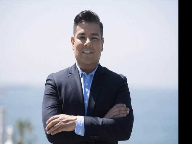 Online Extra: Political Notes: Gay CA statewide candidate Lara seen as underdog