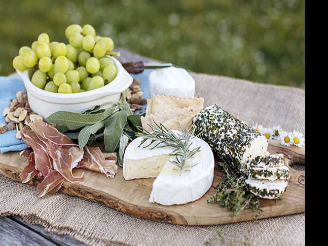 """Say, """"Cheese!"""" - Laura Chenel's and Marin French Cheese, local and tasty"""