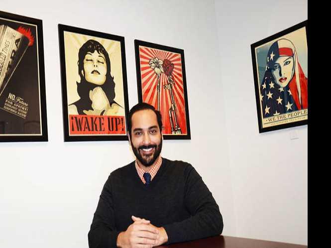 Chiu hires gay district director