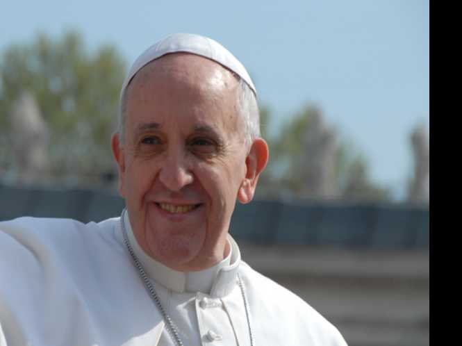 Pope: Gay priests, nuns need not apply