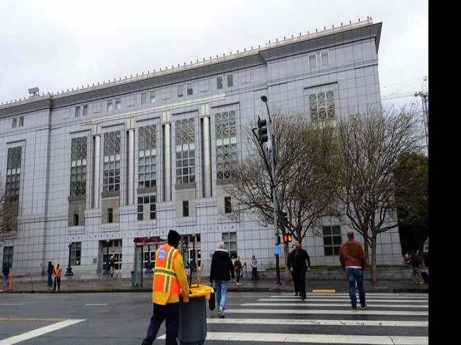 News Briefs: SF main library gets increased hours
