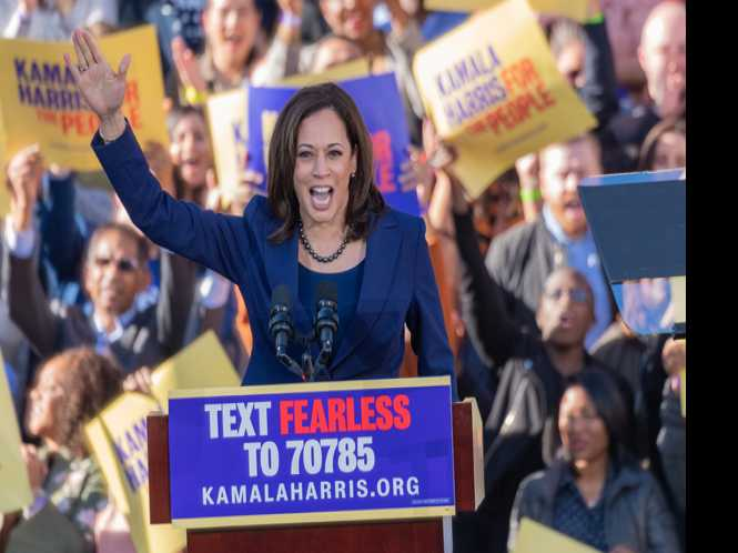 Harris wows Oakland in prez campaign launch