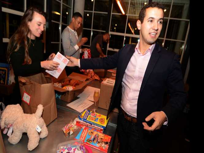 Valentine Project brings cheer to sick kids