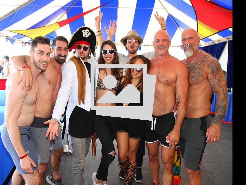 White Party Sunset T-Dance :: April 10 2016