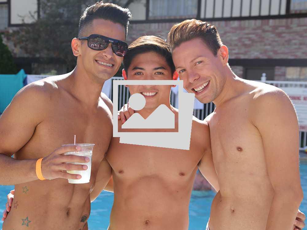 Gay Days Anaheim 2016 :: Plunge!