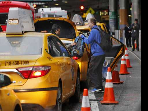 Budget Buster: Hailing an Airport Taxi