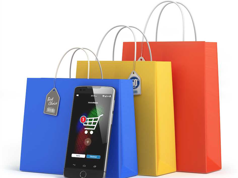 Holiday Shopping? Bring These 4 Money-Saving Apps With You