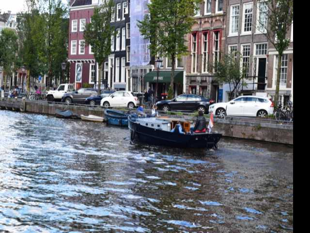 Airbnb Agrees to Limit Private Rentals in Amsterdam