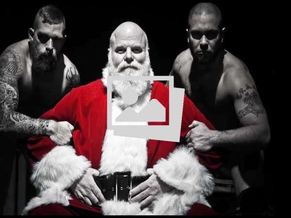 Sexy Santa's Pack a Punch!