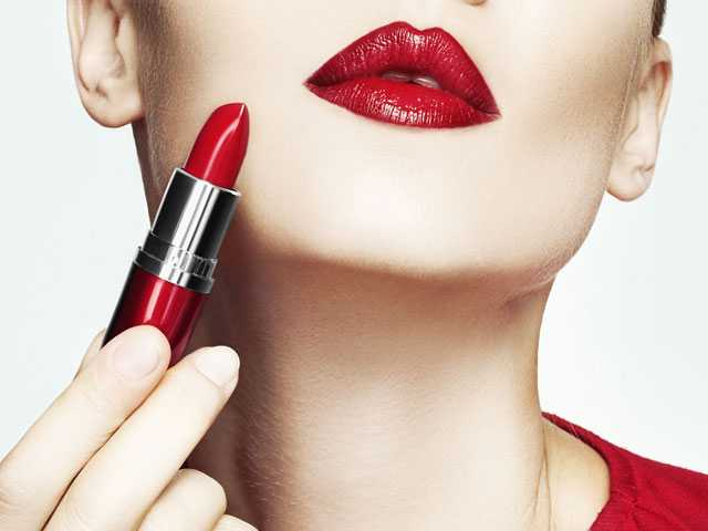 The Top Iconic Beauty Look of All Time? Red Lipstick