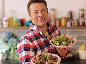 Jamie Oliver to Shut 6 UK Restaurants in Tough Brexit Market