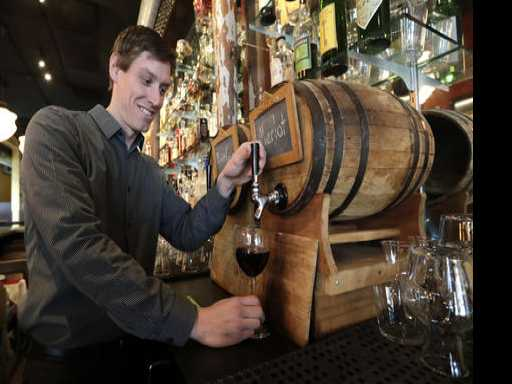 Wine Refills? Washington State Eyes Growlers