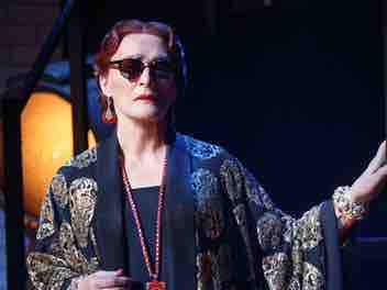 Review :: Sunset Boulevard