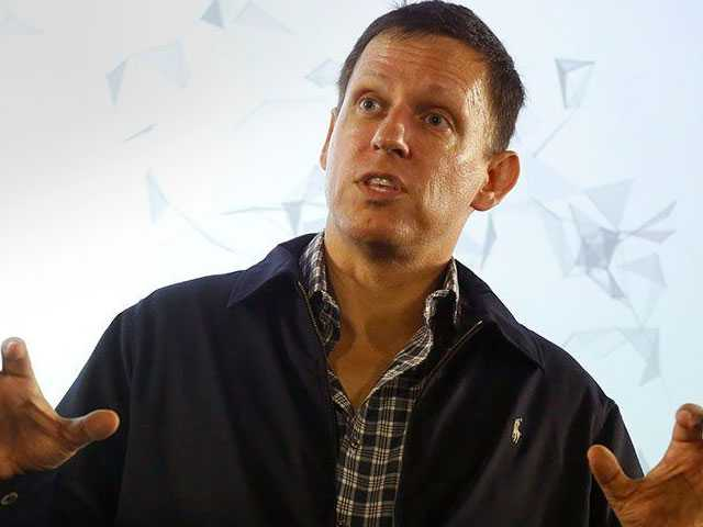 Gay Billionaire, Trump Supporter Peter Thiel Gained New Zealand Citizenship in 2011