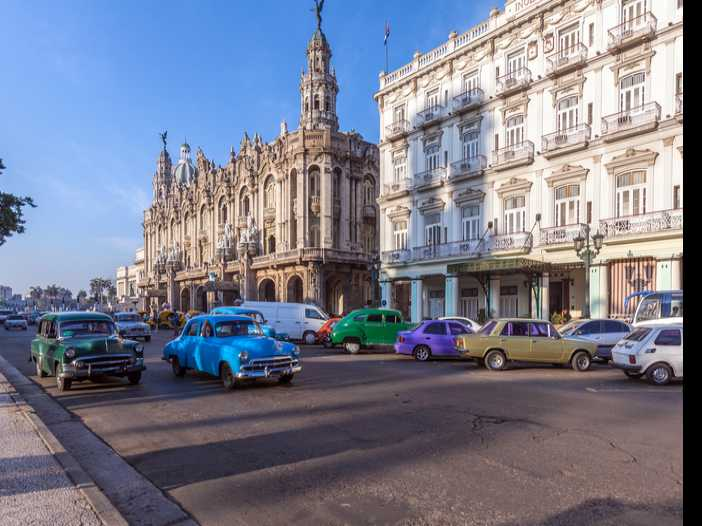 American Airlines Opens Office in Havana, Cuba