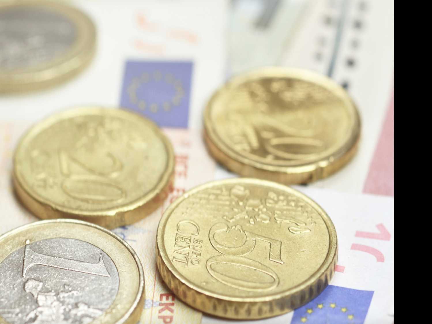 French on Mission to Woo Bankers from U.K. After Brexit