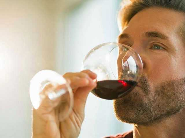 6 Red Wines to Wow Your Valentine