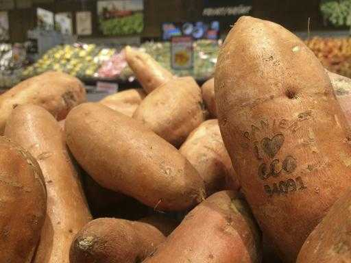 Swedish Supermarkets Test Lasers to Label Organic Produce