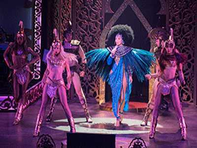 Divas' Las Vegas :: Cher, J-Lo Shows Wow Sin City