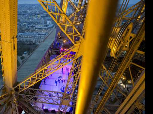 Paris Tourism Rises After Yearlong Slump
