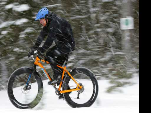 Fat Bikes Allow Cyclists to Enjoy Winter Snow