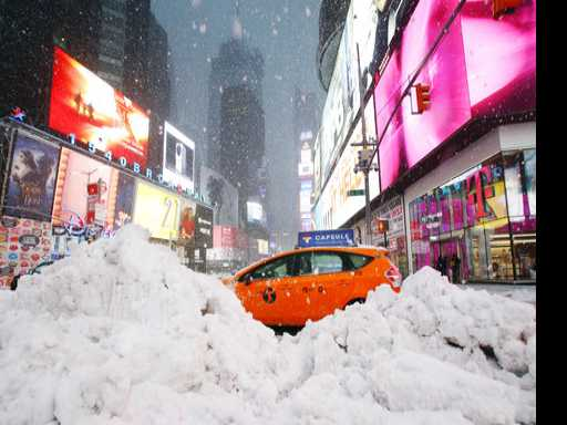 Broadway Theaters to Stay Open Tuesday Night Despite Snow