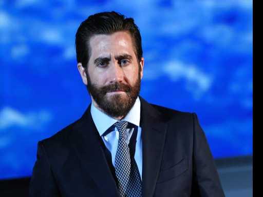 Bromance Between Gyllenhaal and Reynolds Filming 'Life'