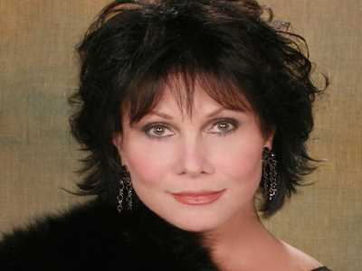 Michele Lee Honored With Cabaret Lifetime Achievement Award