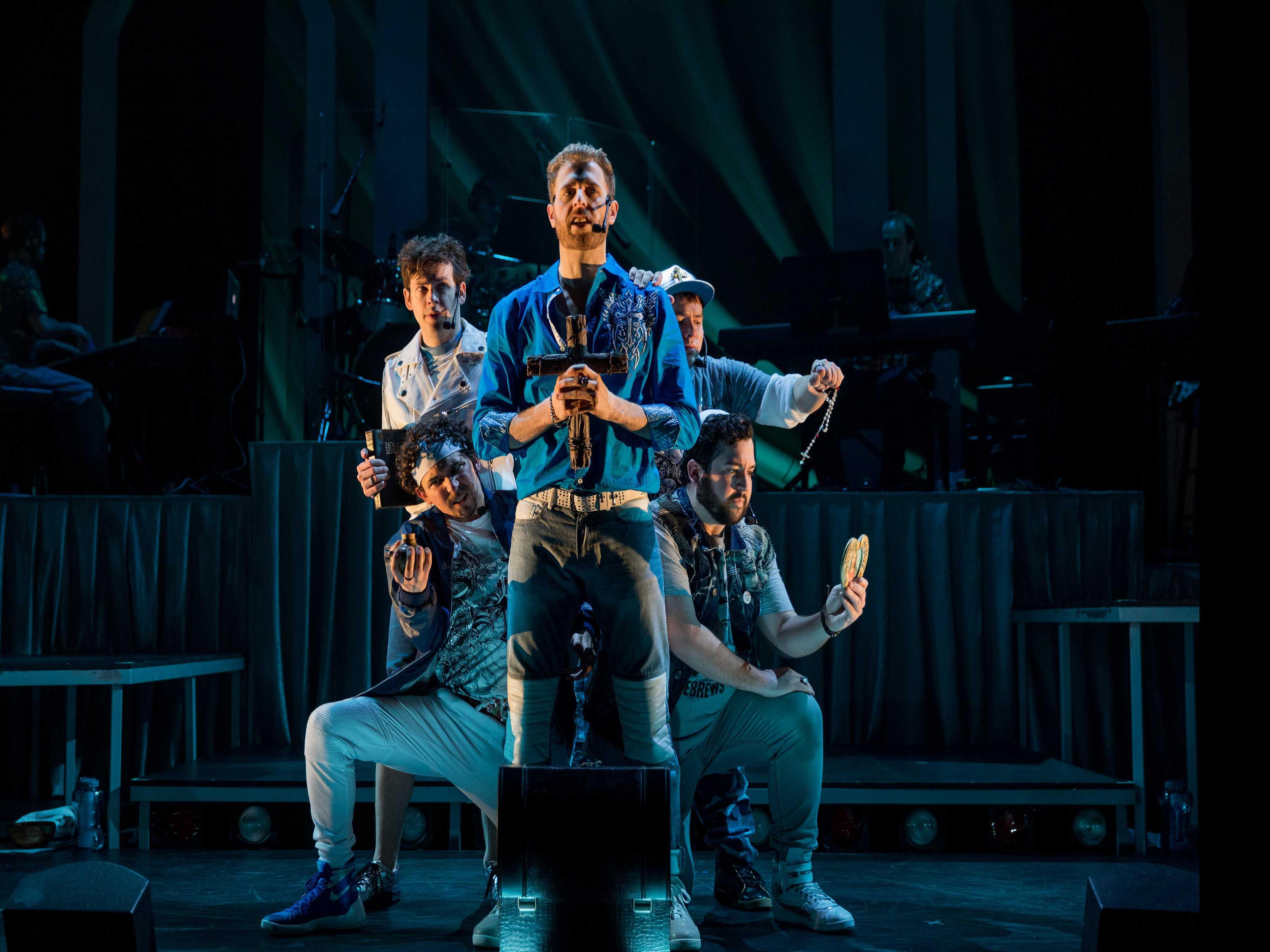 Review :: Altar Boyz