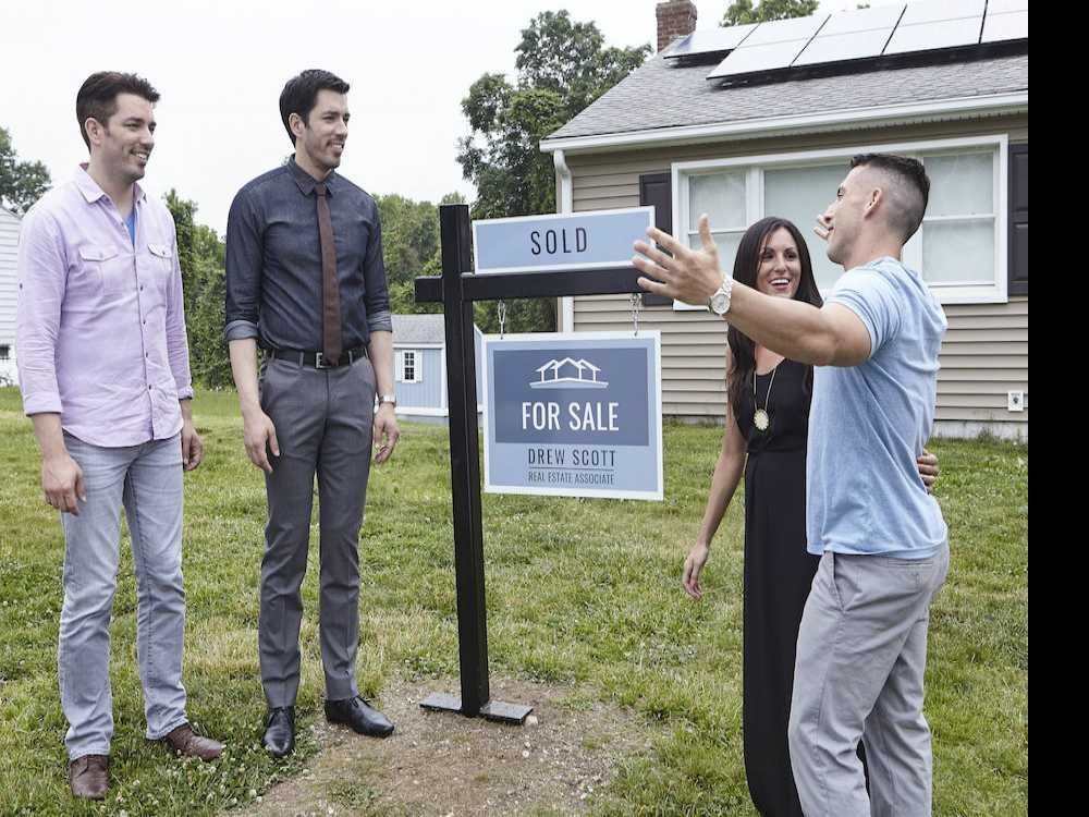 'Property Brothers: Buying and Selling' Premiers Tonight