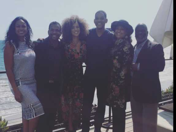 Will Smith, 'Fresh Prince' Cast Enjoy Brief Reunion
