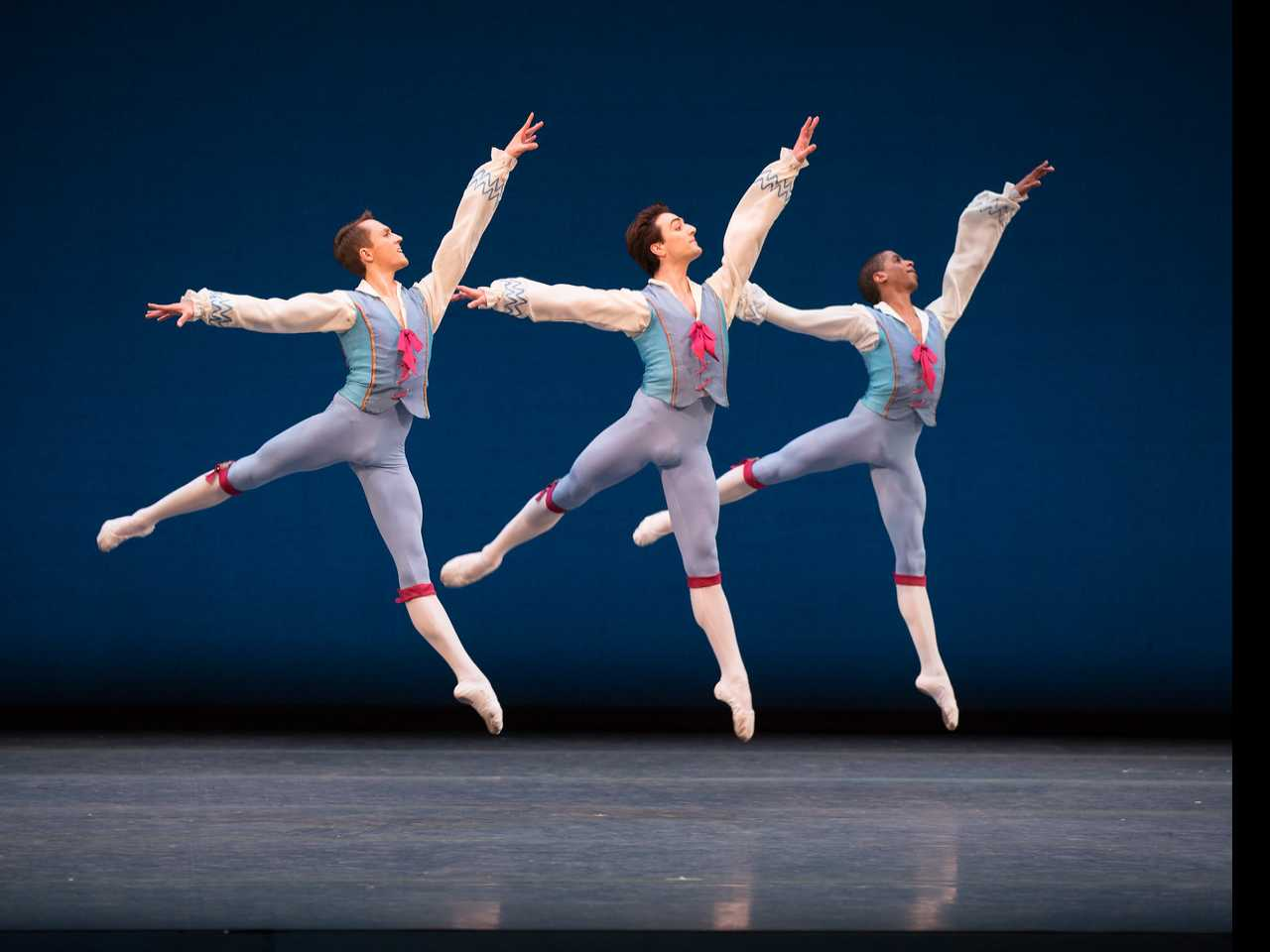 "Review :: Boston Ballet: ""Kylian/ Wings of Wax"""