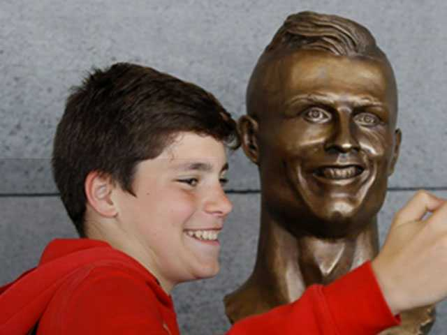 Odd-Looking Ronaldo Bust Steals the Show at Airport Ceremony