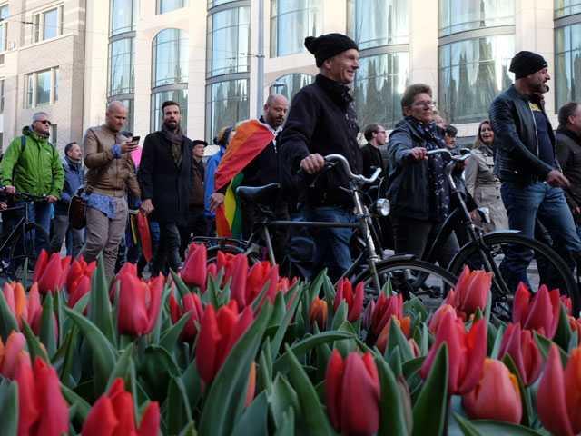 Dutch Men Hold Hands in Solidarity with Beaten Gay Couple