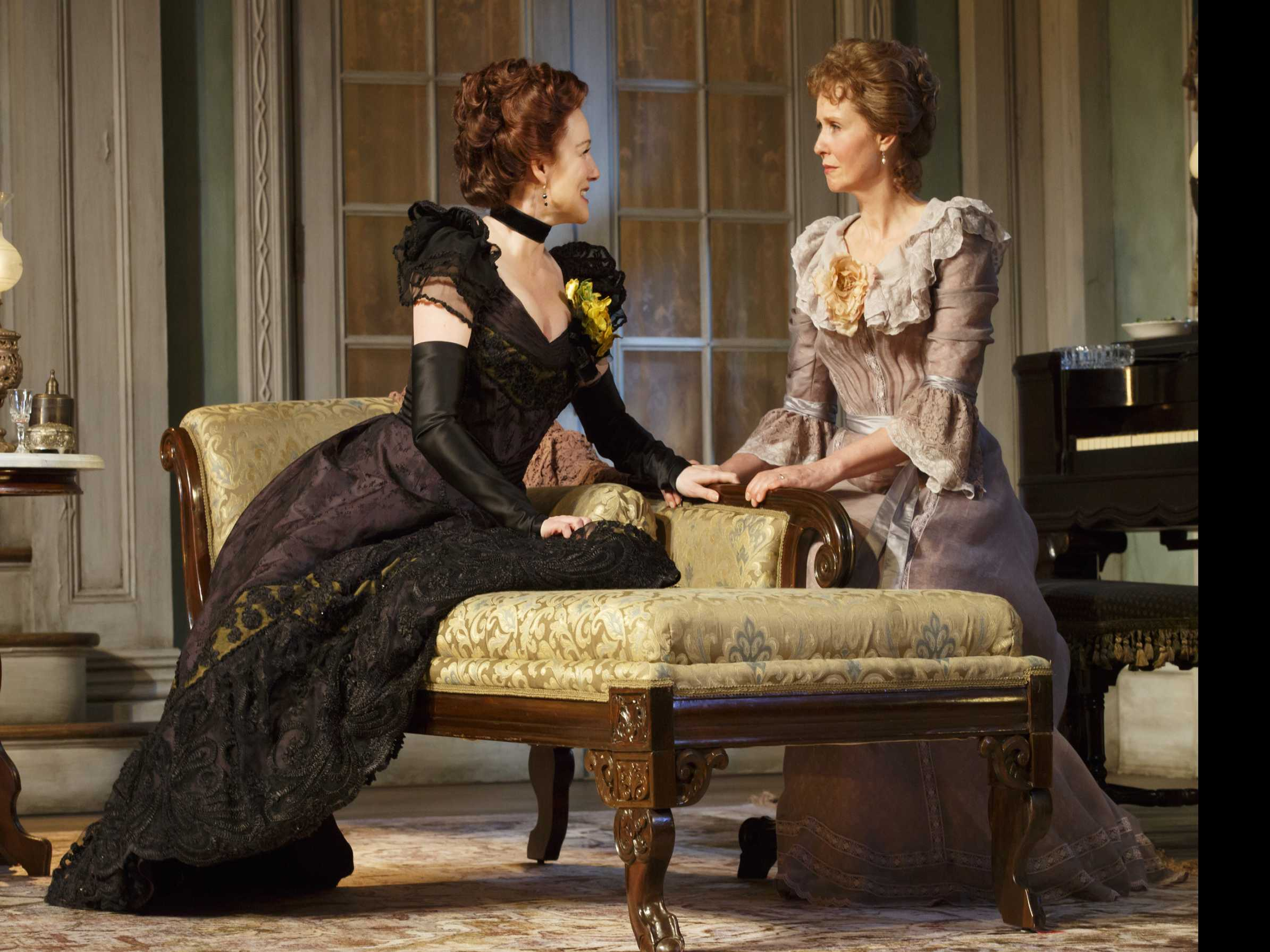 Review :: Little Foxes