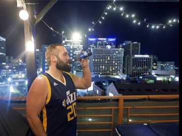 No Fun in Utah? Jazz Fans Turn Tables on Warriors' Razz