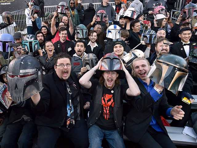 The Average British Star Wars Fan Drops £800 on Swag