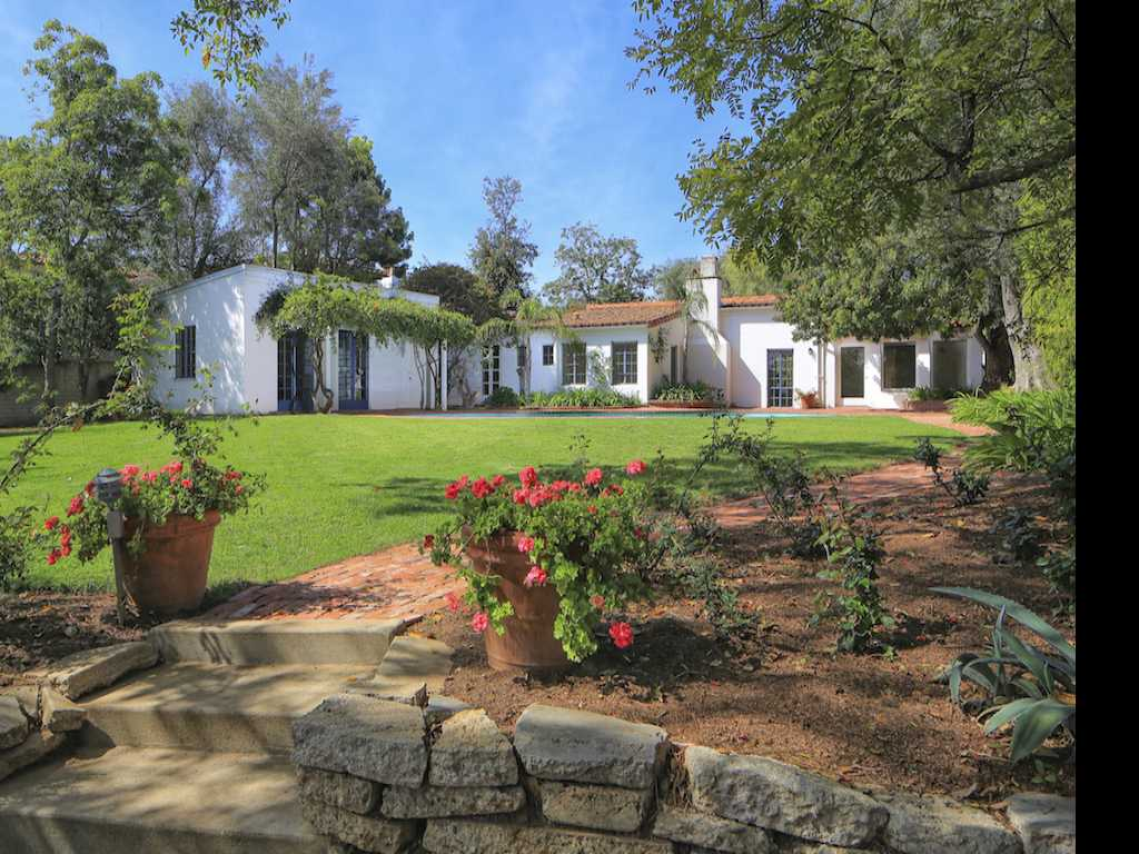 Marilyn Monroe's Hollywood Home Hits Market for $6.9 Million