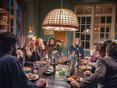 Review :: The Commune