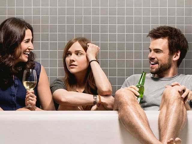 In Season 3, Hulu's 'Casual' Continues to Find Its Groove