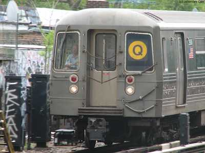 Anti-Gay Bigot Assaults Lesbians on Q Train