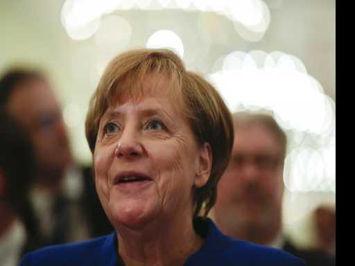 EU Proposes Ways to Shore Up the Euro Over Coming Decade