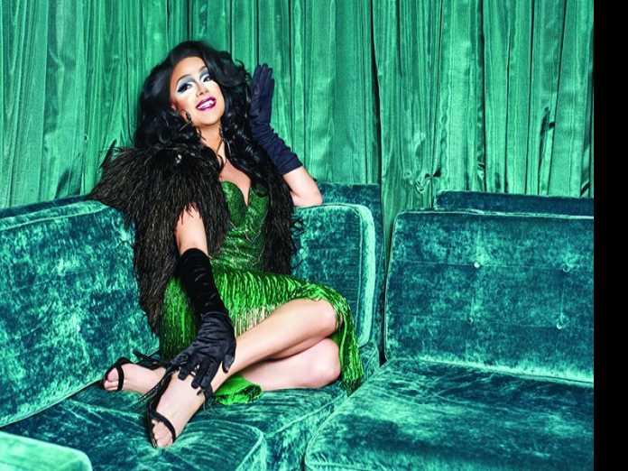 Queens We Love: Athena Dion