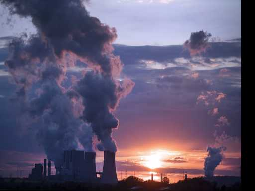 World Leaders Say Climate Change Deal Can't be Renegotiated