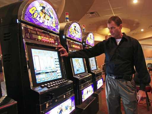 Betting on Races Already Run? Tracks Eye New Source of Cash