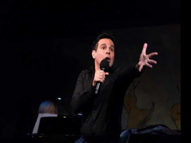 Review :: Mario Cantone at Cafe Carlyle